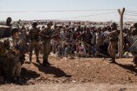 Syrische Flüchtlinge an der Grenze zur Türkei. Foto: UNHCR / I. Prickett