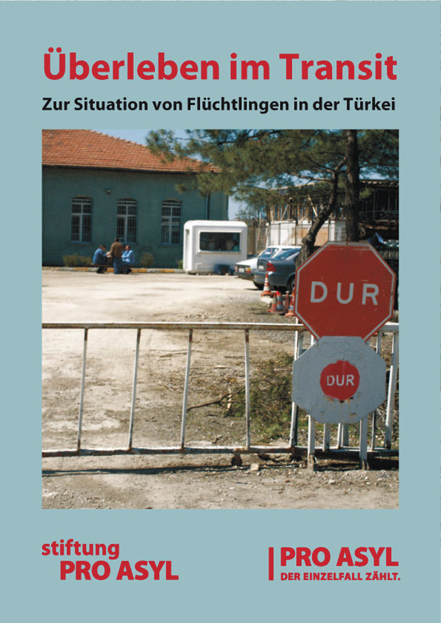 PRO_ASYL_Broschuere_Ueberleben_im_Transit_Maerz2012_Cover