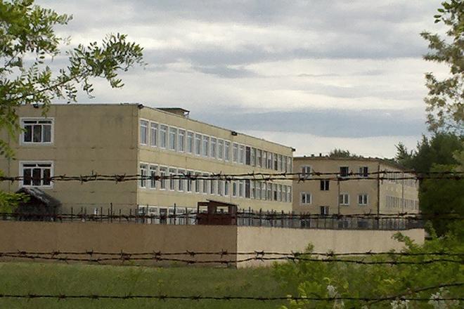 Das Flüchtlingsgefängnis Debrecen. Foto: Marc Speer
