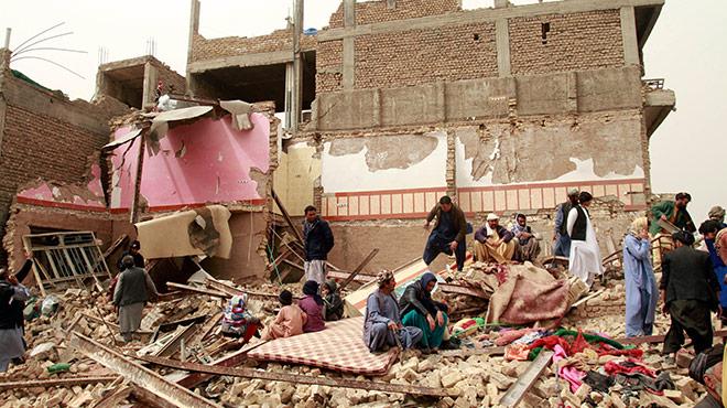 Zerstörtes Gebäude nach Anschlag in Herat, Afghanistan